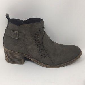 Billabong Ankle Booties Boots Brown Heels 9.5 Zip
